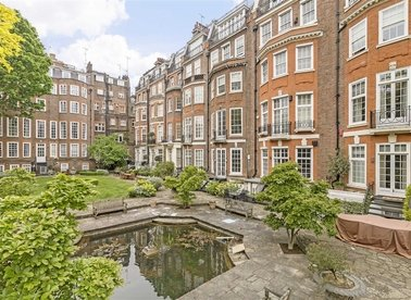Properties for sale in Green Street - W1K 7FS view1