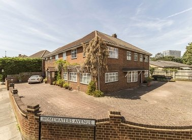 Properties for sale in Green Street - TW16 6QB view1