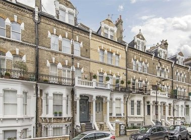 Properties for sale in Gunterstone Road - W14 9BS view1