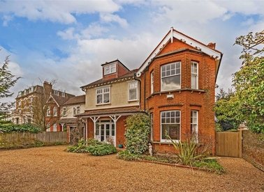 Properties for sale in Hampton Road - TW11 0JX view1