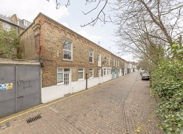 Properties for sale in Hansard Mews - W14 8BJ view1