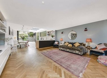 Properties sold in Haverstock Hill - NW3 2BD view1