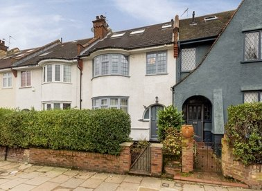 Properties for sale in Herbert Gardens - NW10 3BU view1