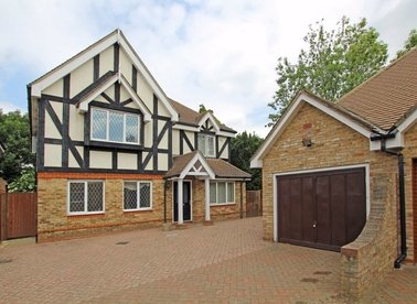 Herm Close, Isleworth, TW7