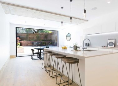 Properties sold in Hermitage Lane - NW2 2EY view1