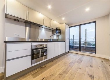 Properties for sale in High Street - TW13 4AB view1