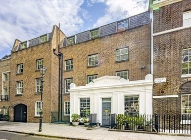 Properties for sale in Highbury Place - N5 1QP view1