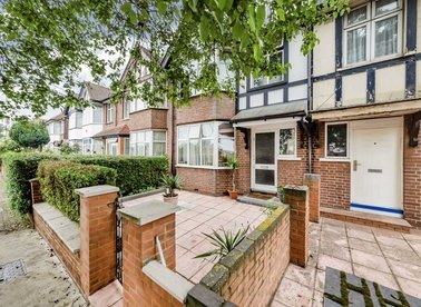 Properties for sale in Horn Lane - W3 6TH view1