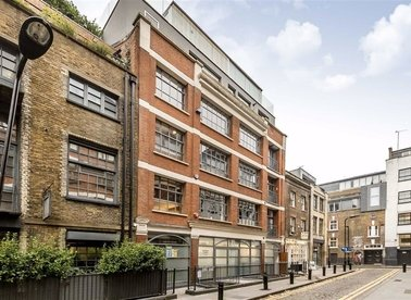 Properties for sale in Hoxton Square - N1 6PB view1