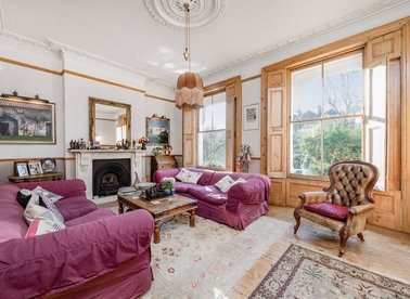 Properties for sale in Huddleston Road - N7 0RE view1