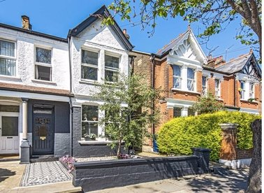 Properties for sale in Julian Avenue - W3 9JF view1