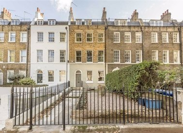 Properties for sale in Kennington Park Road - SE11 4JJ view1