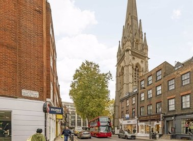 Properties for sale in Kensington Church Street - W8 4EP view1