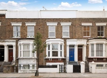 Properties for sale in Kilburn Park Road - NW6 5LG view1