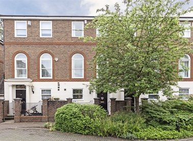 Properties sold in King George Square - TW10 6LF view1