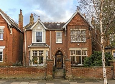 Properties for sale in Kings Avenue - W5 2SH view1