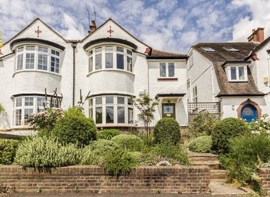 Properties sold in Langbourne Avenue - N6 6AJ view1
