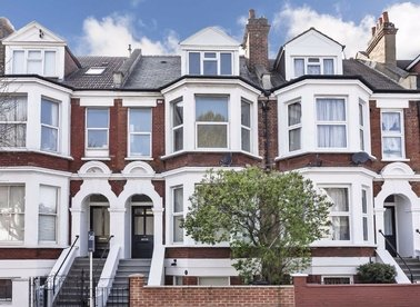 Properties for sale in Larden Road - W3 7ST view1