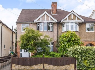 Properties for sale in Lawrence Road - TW12 2RJ view1