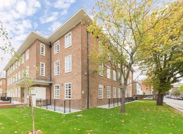 Properties for sale in Lemna Road - E11 1JJ view1