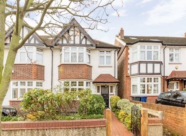 Properties for sale in Lillian Avenue - W3 9AN view1