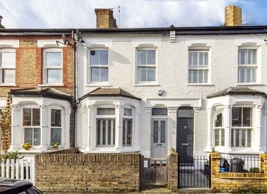 Properties for sale in Linden Road - TW12 2JG view1