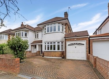 Properties for sale in Lyndhurst Avenue - TW16 6QY view1
