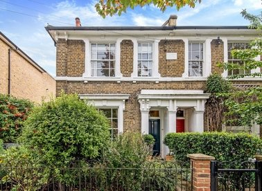 Properties for sale in Malvern Road - E8 3LT view1