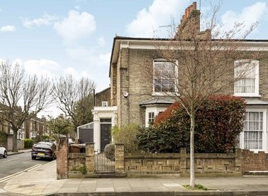 Properties for sale in Malvern Road - E8 3LP view1