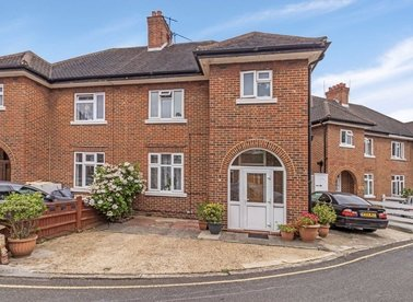 Properties for sale in Marble Close - W3 8HD view1