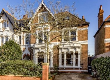 Properties for sale in Marlborough Road - W4 4EU view1