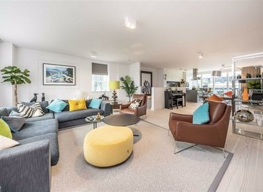 Properties for sale in Marshall Street - W1F 7BE view1