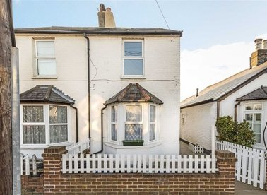Properties for sale in Milton Road - TW12 2LJ view1