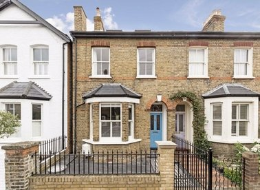 Properties sold in Milton Road - TW12 2LL view1