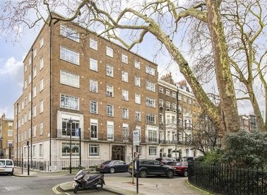 Properties for sale in Montagu Square - W1H 2LG view1