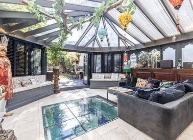 Properties for sale in Montpelier Grove - NW5 2XD view1