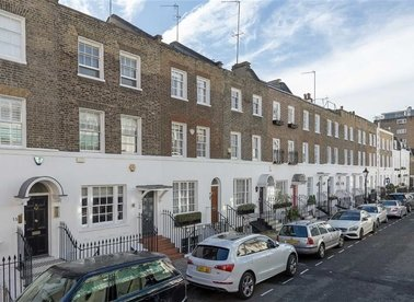 Properties for sale in Montpelier Place - SW7 1HJ view1
