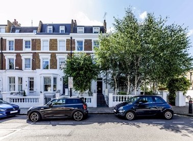 Properties for sale in Moore Park Road - SW6 2HP view1