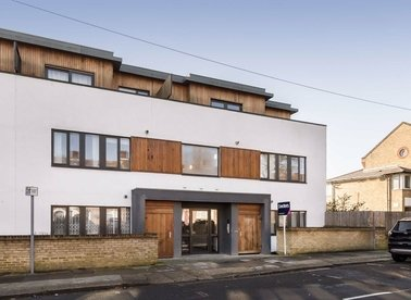 Properties for sale in Mortimer Road - NW10 5TN view1