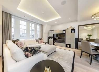Properties for sale in Nassau Street - W1W 7FD view1
