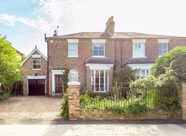 Properties sold in Nightingale Road - TW12 3HX view1