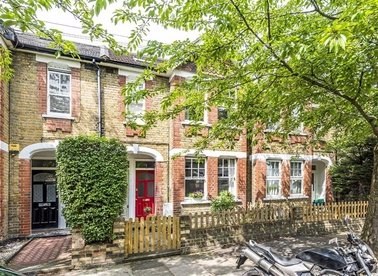 Properties for sale in Niton Road - TW9 4LH view1