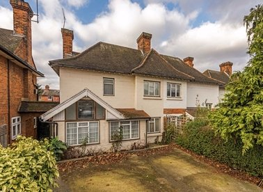 Properties for sale in Old Oak Road - W3 7HW view1