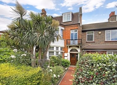 Properties for sale in Old Oak Road - W3 7HN view1