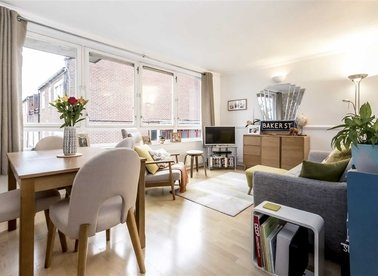 Properties sold in Ollgar Close - W12 0NF view1