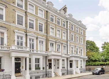 Properties for sale in Onslow Gardens - SW7 3BS view1