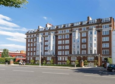 Properties for sale in Onslow Square - SW7 3HY view1