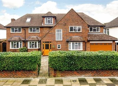 Properties for sale in Ormond Crescent - TW12 2TJ view1