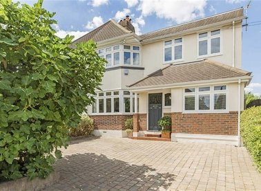 Properties sold in Ormond Drive - TW12 2TN view1