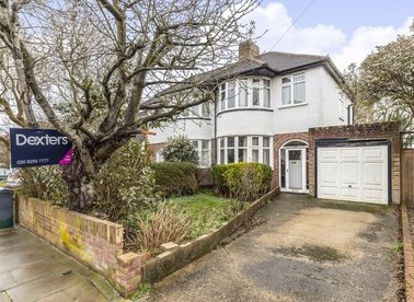 Properties for sale in Ormond Drive - TW12 2TP view1